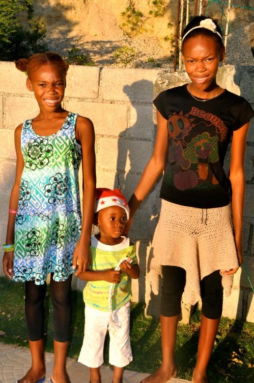 sisters Dana, Freina and Seadley